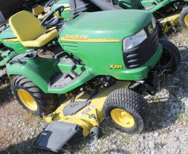 John Deere X495 Riding Mower