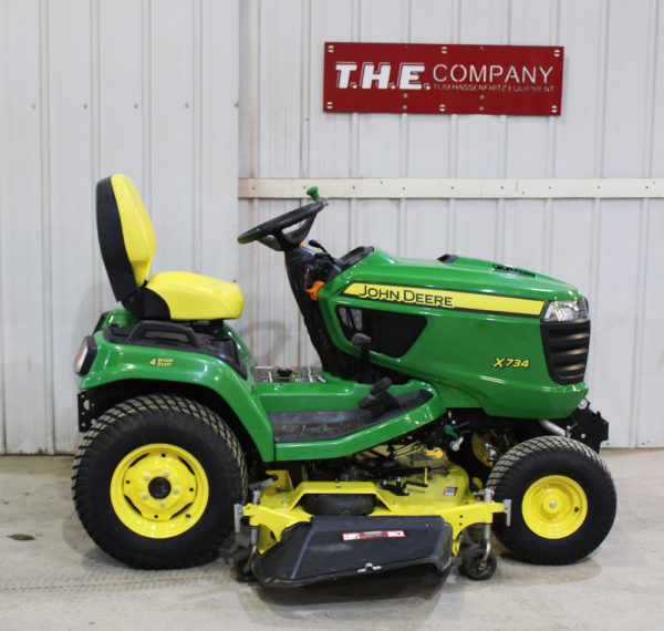 John Deere X734 Riding Lawn Mower
