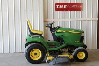 John Deere X724 Riding Mower