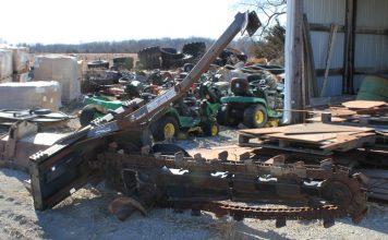 Bobcat Trencher LT405