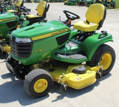 John Deere X730-N Riding Mower