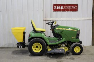 John Deere X720 Riding Mower