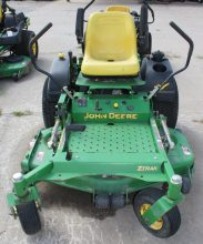 John Deere Z717 Zero Turn Lawn Mower