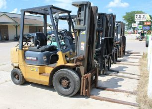Caterpillar GP25K Forklift