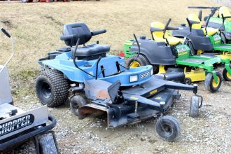 Dixon ZTR6601 Zero Turn Mower