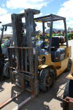 Caterpillar GP25K Forklift