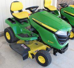 John Deere X330 Riding Lawn Mower