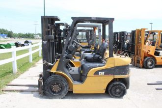 2006 Caterpillar P5000 Forklift