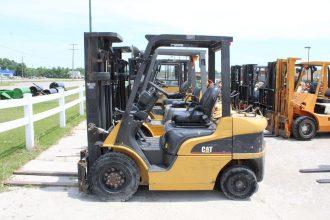 2006 Caterpillar P5000 Forklift