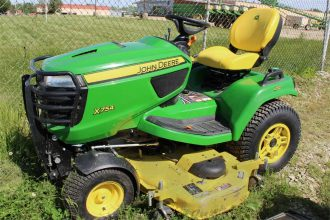 "John Deere X754 Riding Mower, 60"" Deck"