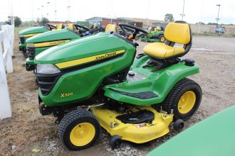 2014 John Deere X320 Riding Mower