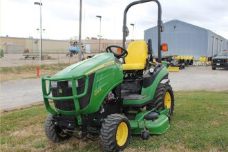 2012 John Deere 1026R Sub-Compact Tractor